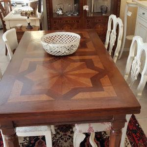 tavolo-noce-con-parquet-vecchi-allungabile. Arredamento classico contemporaneo Siena e Firenze.