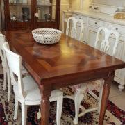 tavolo-noce-con-parquet-vecchi-allungabile2. Arredamento classico contemporaneo Siena e Firenze.