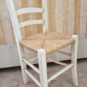 sedia-campagnola-fatta-a-mano-laccata-impagliata