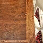 particolare piano in noce nazionale tavolo rettangolare allungabile, arredamento classico contemporaneo