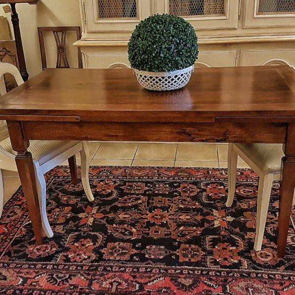 tavolo noce nazionale allungabile realizzabile a misura arredamento classico contemporaneo.