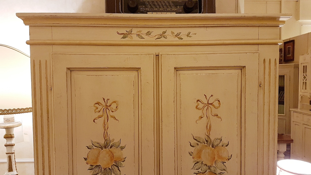 Mobili Su Misura Firenze : Arredamento contemporaneo mobili country su misura siena u firenze