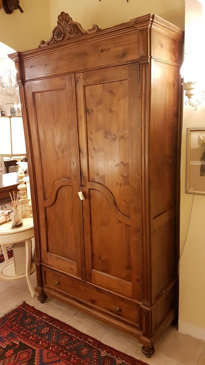 Arredamento contemporaneo mobili country su misura siena firenze armadio antico toscano due - Mobili in legno di pino ...