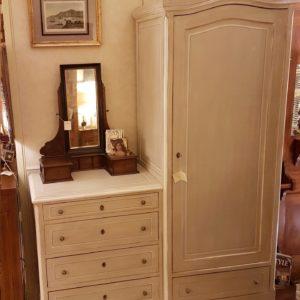 Cassettone-armadio, cinque cassetti e un'anta, antico laccato a mano fine Ottocento toscano. Mobili antichi Siena e Firenze