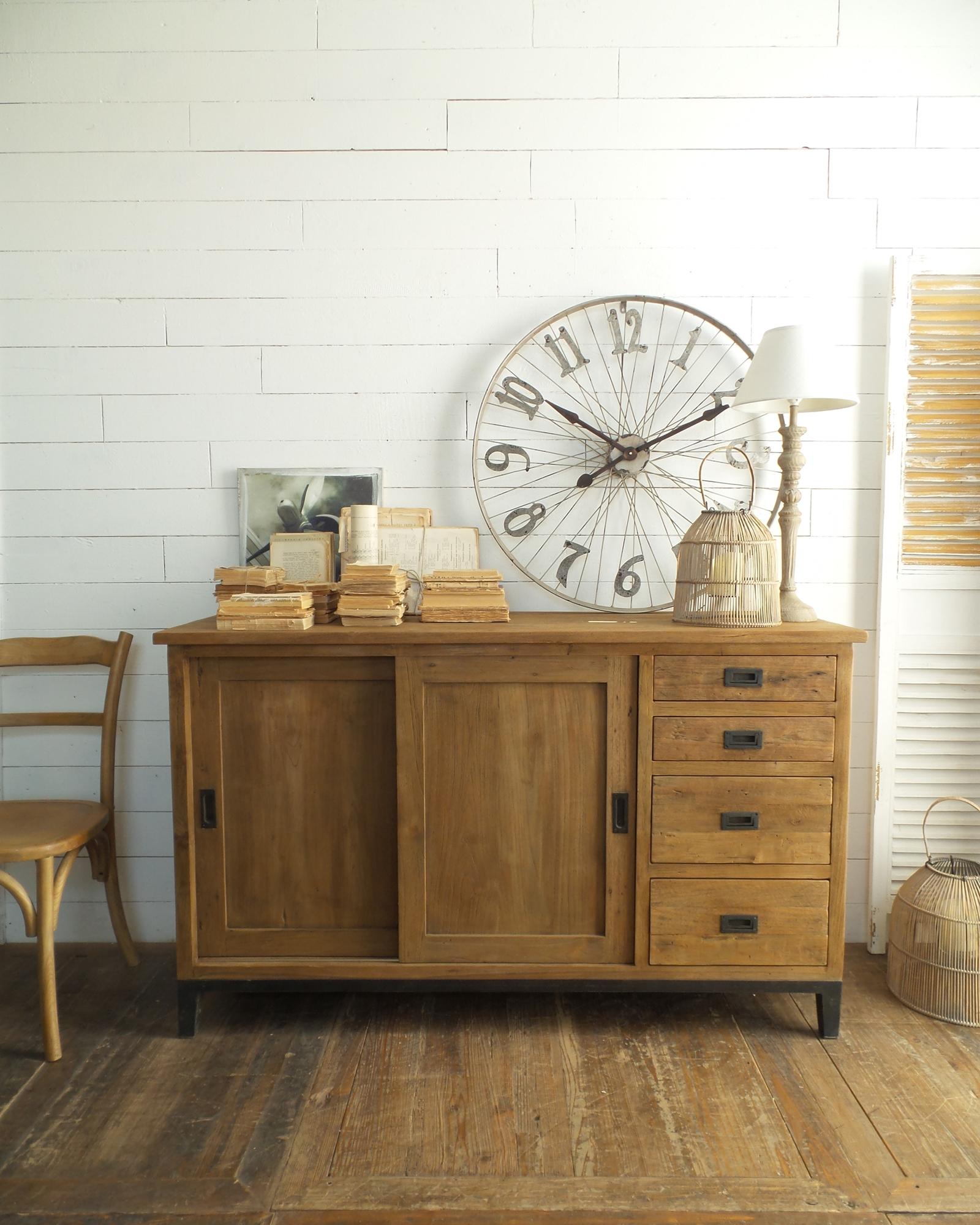 Arredamento contemporaneo mobili country su misura siena firenze credenza in legno di teak - Mobili in ferro vintage ...