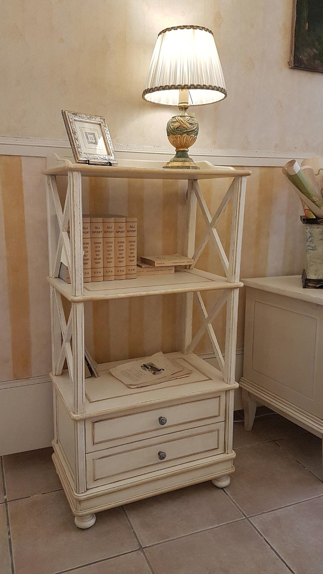 Arredamento contemporaneo mobili country su misura siena - Finestre stile inglese in legno ...