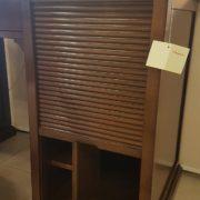 Scrittoio-porta computer in legno di ciliegio a un cassetto, piano rettangolare e cassettiera a rullo. Cassettiera. Arredamento contemporaneo su misura Siena e Firenze