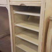 Scrittoio-porta computer in legno di ciliegio, piano rettangolare, alzata a due cassetti cassettiera a rullo.Arredamento contemporaneo su misura Siena e Firenze (1)
