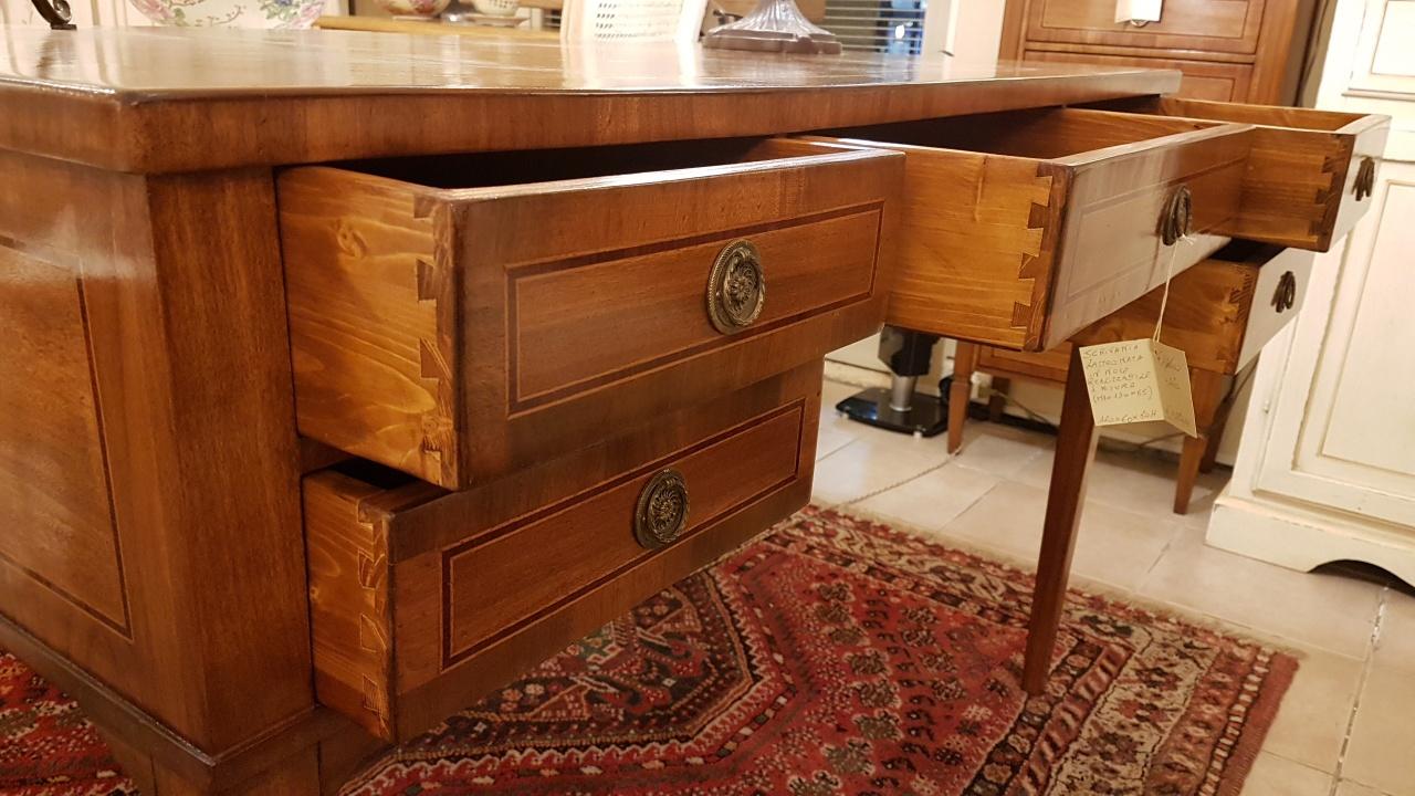 Piano scrivania su misura home design e interior ideas for Piano scrivania