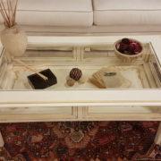Tavolino da fumo in legno di ciliegio laccato a mano a bacheca.Arredamento contemporaneo su misura Siena e Firenze