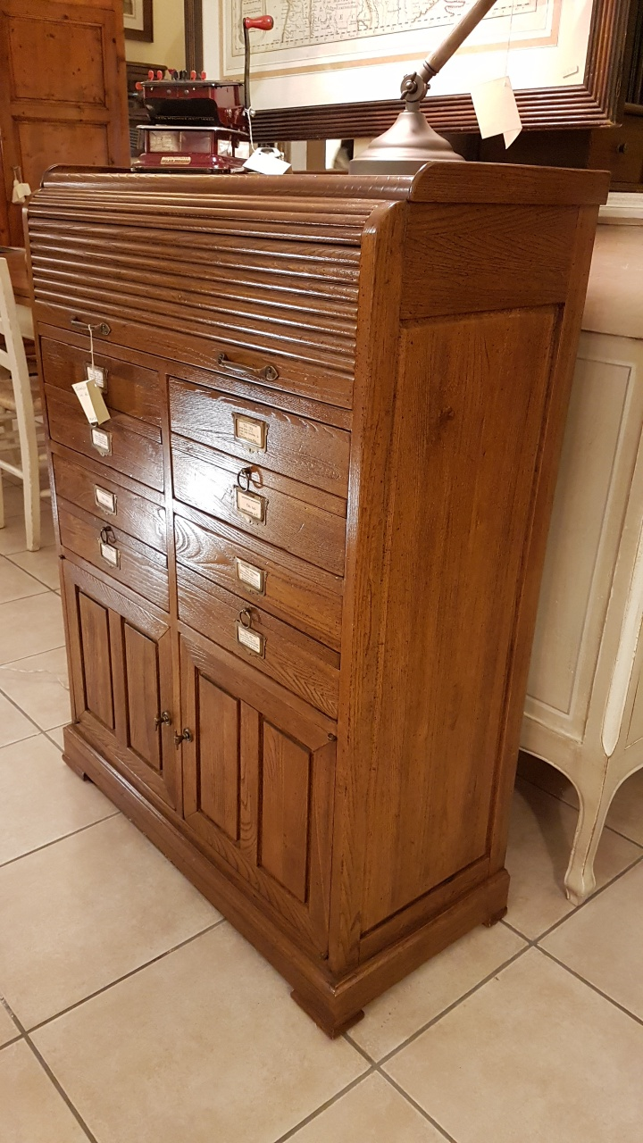 Arredamento contemporaneo mobili country su misura siena - Mobili legno vecchio ...