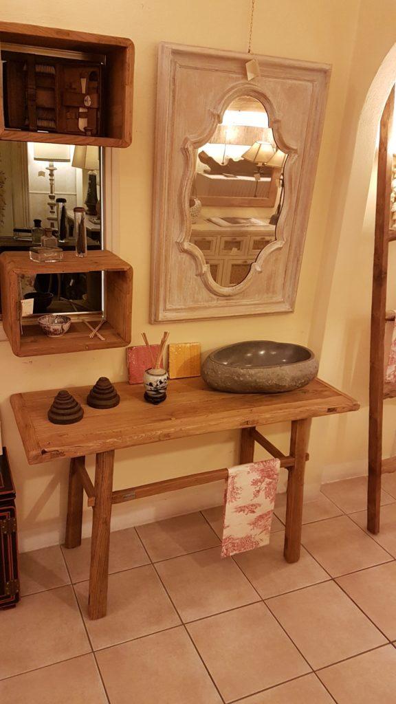 Consolle bagno in olmo antico massello di Nature Design. Arredamento contemporaneo su misura Siena e Firenze