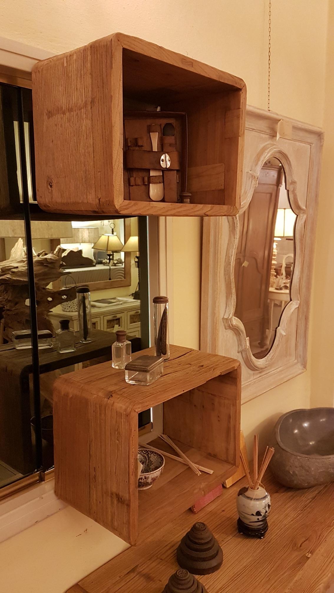 Arredamento contemporaneo mobili country su misura siena for Cubi in legno per arredare