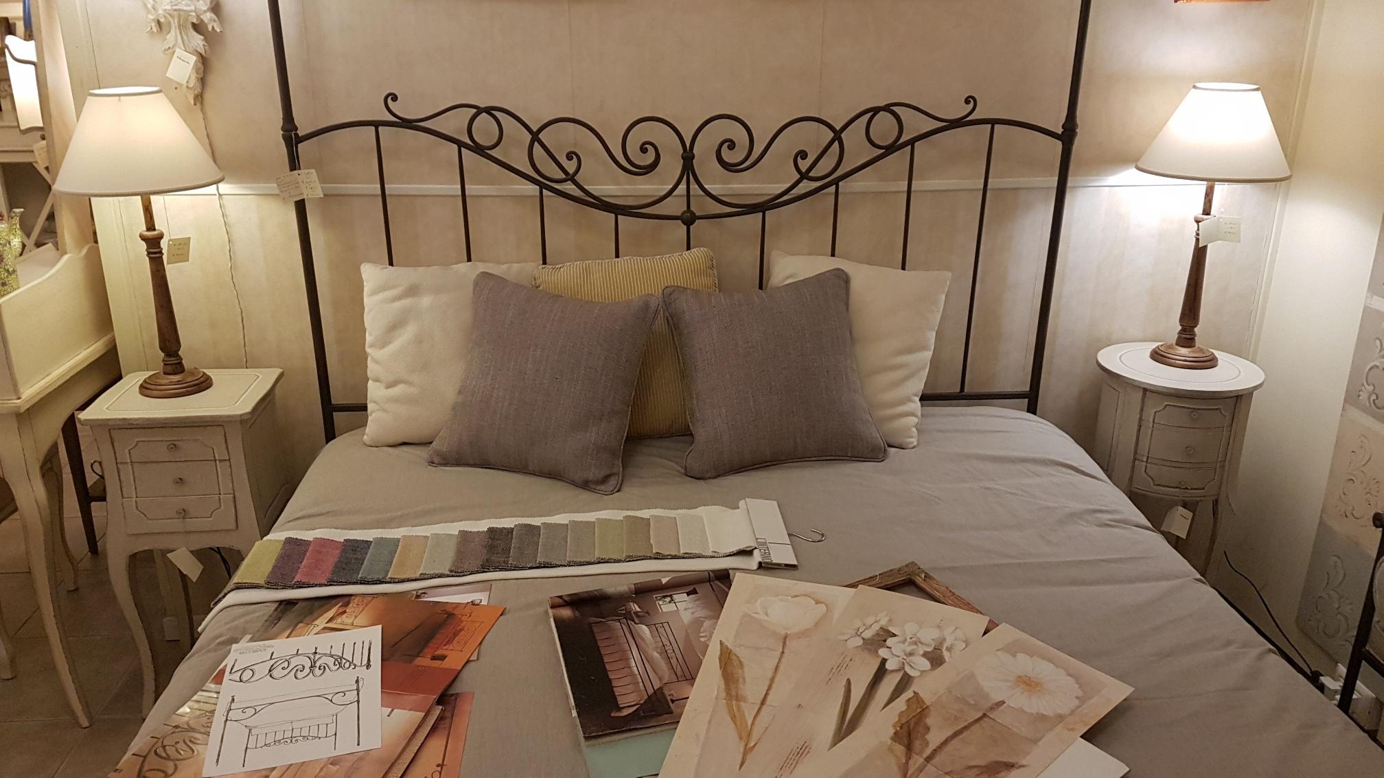 Gallery of coppia di comodini laccati a mano in legno di for Piani letto stile shaker