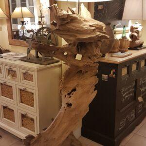 Lampada-Root-Nature-Design-in-legno-antico-spazzolato-con-radici-di-mangrovie.-Arredamento-contemporaneo-su-misura-Siena-e-Firenze-