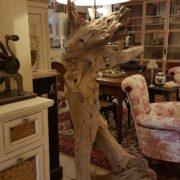 Lampada Root Nature Design in legno antico spazzolato con radici di mangrovie. Particolare.Arredamento contemporaneo su misura Siena e Firenze