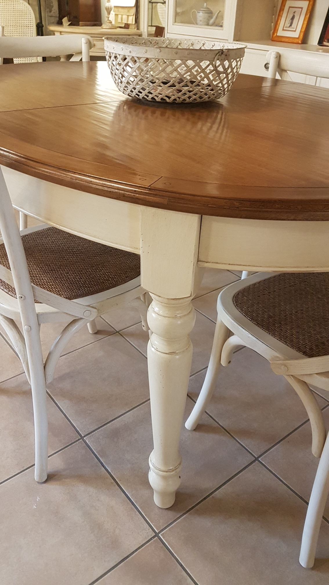 Arredamento contemporaneo mobili country su misura siena firenze tavolo ovale allungabile - Piano tavolo su misura ...