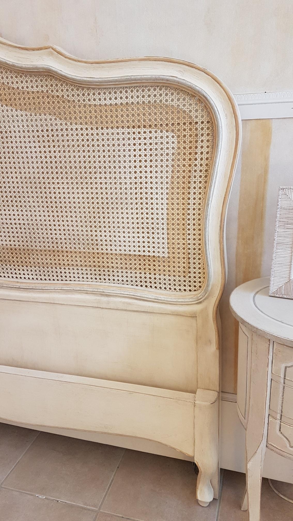 Arredamento contemporaneo mobili country su misura siena - Letto di paglia ...