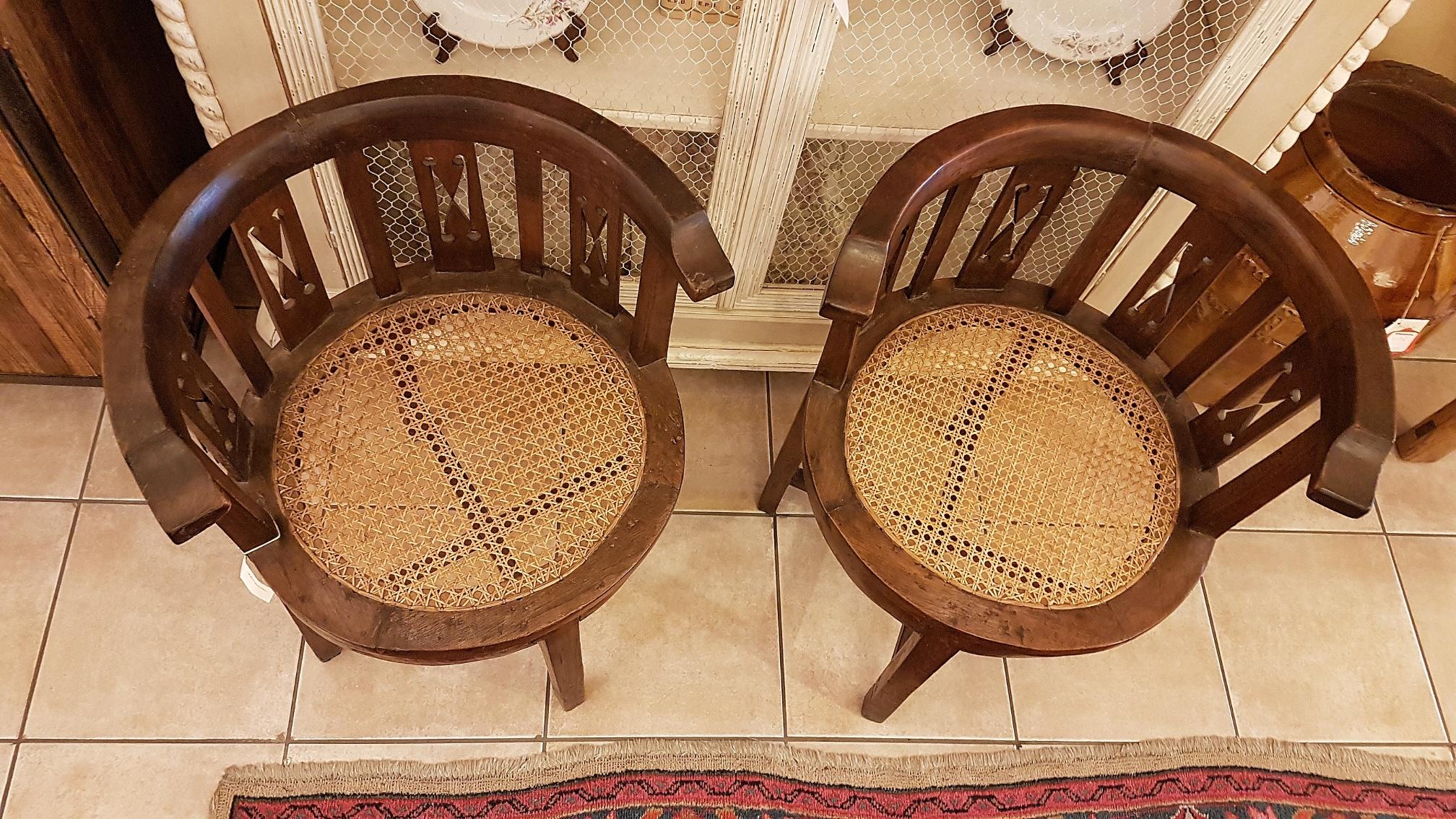 Poltroncine Antiche A Pozzetto.Arredamento Contemporaneo Mobili Country Su Misura Siena Firenze