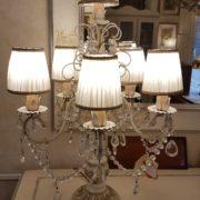 Lampada da tavolo flambeau a sei luci in legno, ferro e swarovski. Arredamento classico contemporaneo Siena e Firenze