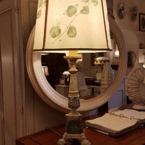 Lampada torcera in legno con laccatura policroma.Arredamento classico contemporaneo Siena e Firenze