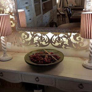 Coppia di lumi in legno laccato a torciglione .Arredamento classico contemporaneo Siena e Firenze