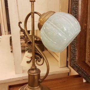 Lampada originale Decò base in ottone e bolle in vetro soffiato originale. Mobili antichi Siena e Firenze