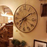 Orologio da muro rotondo industrial cyclo in ferro con numeri arabi.Mobili country Siena e Firenze (2)