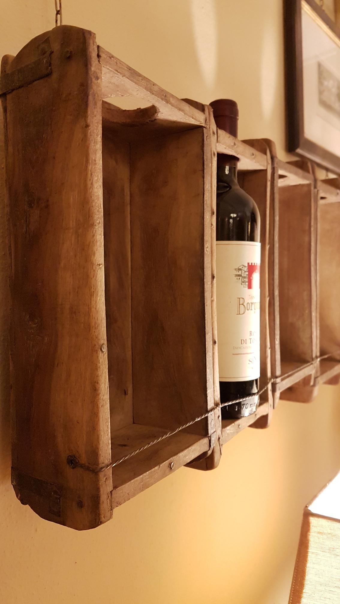 Arredamento contemporaneo mobili country su misura siena firenze pannello porta bottiglie - Porta bottiglie ...