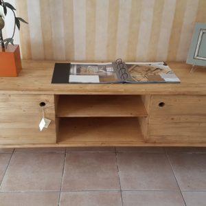 Porta tv in legno di abete spazzolato, invecchiato in finitura naturale. Arredamento classico contemporaneo Siena e Firenze