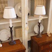 Coppia di candelabri antichi in ottone tornito dei primi del novecento.Mobili antichi Siena e Firenze