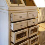 Cassettiera Dispensa Credenza in legno di tiglio laccata a mano.Arredamento classico contemporaneo Siena e Firenze (2)