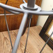 Lampada Zucca con base in ferro e paralume tronco di cono. Particolare base in ferro.Arredamento classico contemporaneo Siena e Firenze