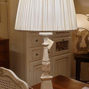 Lampada candelabro toscano in legno di tiglio intagliata e laccata a mano. Arredamento classico contemporaneo Siena e Firenze