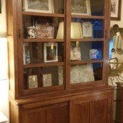 Libreria coloniale antica in legno di teak primi '900.Mobili antichi Siena e Firenze