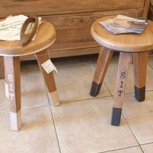Sgabelli Sit in legno di Teak antico. Mobili country Siena e Firenze