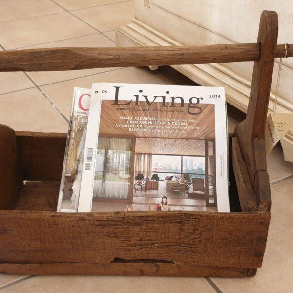 Vecchio filarino primi '800 in legno di castagno utilizzabile come porta riviste. Mobili antichi Siena e Firenze