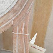 Sedia imbottita in finitura decapè. particolare seduta. Arredamento classico contemporaneo Siena e Firenze (