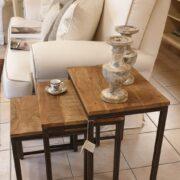 Tavolino Tris Industrial in legno di olmo antico e ferro. Di lato . Arredamento classico contemporaneo Siena e Firenze