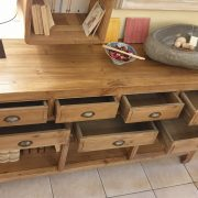 Consolle cassettiera in legno di larice dei primi del '900. Dall'alto . Mobili antichi Siena e Firenze