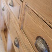 Consolle cassettiera in legno di larice dei primi del '900. Mobili antichi Siena e Firenze (9)