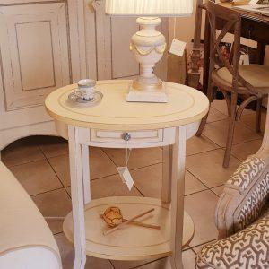 Tavolino ovale in legno di pioppo laccato a mano. Arredamento classico contemporaneo Siena e Firenze